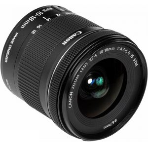 Canon EF-S 10-18mm f4.5-5.6 IS STM (1)