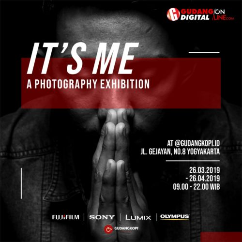 """IT'S ME"" A PHOTOGRAPHY EXHIBITION"